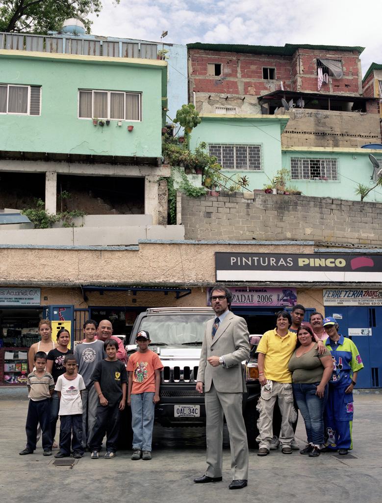 Hummer H3 en barrio La Bandera, Caracas (II)